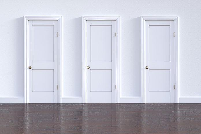Drzwi wewnątrzklatkowe co to znaczy?